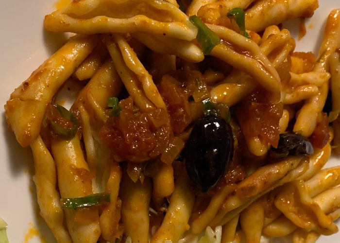 Tomato & Olive Pasta Sauce - Cooking Revived