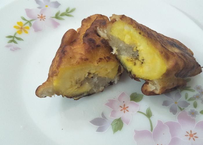 Pazham Nirachathu or Stuffed Banana Fry - Cooking Revived